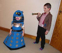 Dalek Emma vs. Doctor Tom!